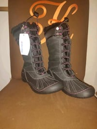 pair of black-and-gray boots Ellicott City, 21042
