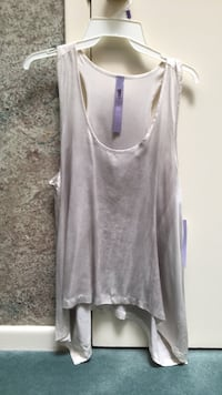 100% silk silver grey tank small. New with tags Toronto, M3A