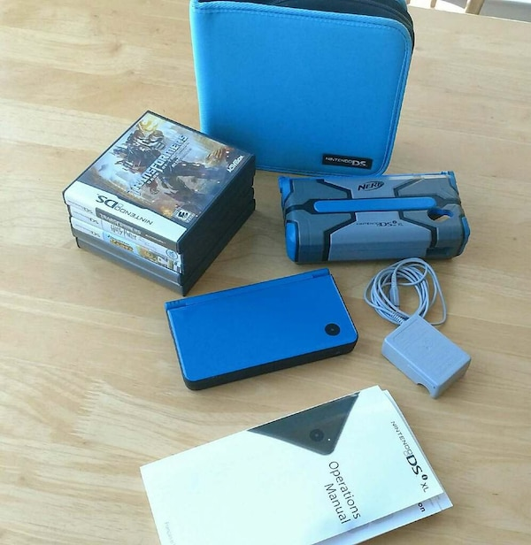 Blue nerf nintendo ds i with game cases and manual