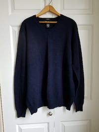 Eddie Bauer Stretch v-neck sweater. Size x-large Hillsboro