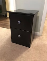 Black Nightstand Alexandria, 22304