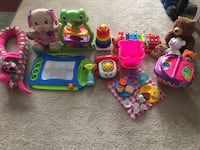 Toddler's assorted plastic toys Charlotte, 28216