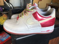 white-and-red Nake air great condition size 7 1/2 Salt Lake City, 84118