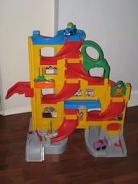 Fisher Price 'Little People' Car-Tower Jackson, 39212