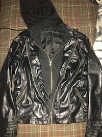 black leather zip-up jacket Kamloops, V2B 2Y4