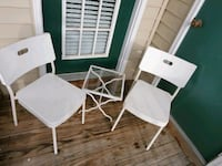 Set of 2 chairs and table Woodbridge, 22191