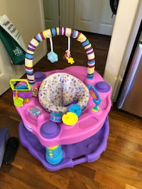 Exersaucer. Pink. Great condition. Tustin, 92782
