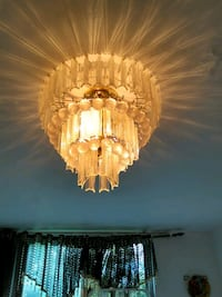 Chandelier in goid condition Toronto, M1E 2S2
