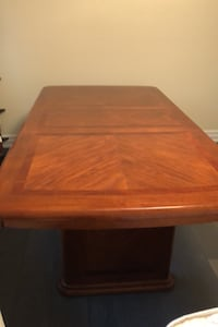 Dining Table Whitchurch-Stouffville, L4A 3H5