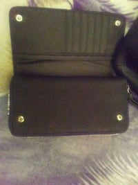 Guess Wallet Brand New Retail price $60 + tax   Kelowna, V1V
