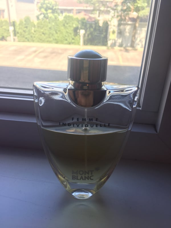 AUTHENTIC MONT BLANC  FEMME INDIVIDUELLE PARFUME 8f6ebb6f-a7fb-415c-bc2f-befde8b70e0a
