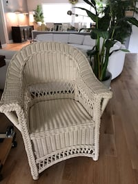 White wicker armchair Palm Harbor, 34683