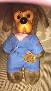 Signed Brown dog plush toy signed by artist Canyon Lake, 92587