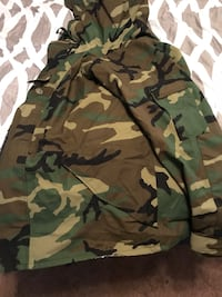 Brand new Camouflage insulted jacket xlarge Winchester, 22603