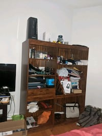 Selling this Book Shelf. Or whatever you wanna keep there ???? Lol Mississauga, L5R 2W4
