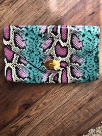 Purple, white, and black floral clutch  Toronto, M4W 1L1