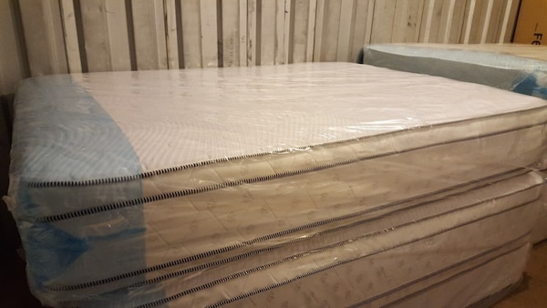 New full size pillowtop mattress d0e5980e-3c0b-492f-8c02-64b6a231d93f