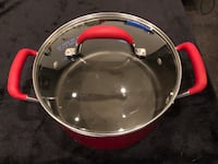 """Kitchen Aid 9 1/2"""" X 4"""" depth with lid Nanaimo, V9T 2N6"""