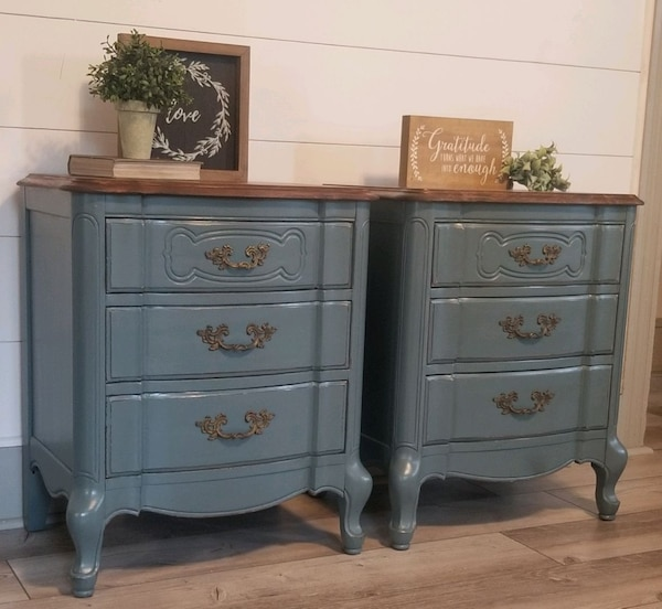 French Provincial nightstands 52be1ca8-173d-444f-b468-f7504038b2fd
