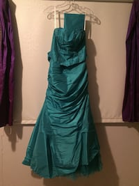 Turquoise Grad dress Winnipeg, R2L 0H4