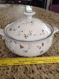 White floral soup tureen with lid Buena Park, 90620