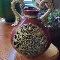 Mann Indian red and gold ceramic Vase Beaufort, 29902