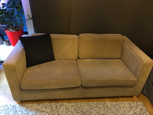 3 sofas for free  cdc0a15c-ff2c-4583-8935-2f4c338abc49
