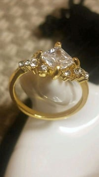 14k Solid Gold with 12 Baguette Diamonds Carson City, 89701
