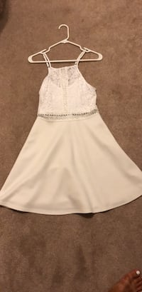 White Francesca's Dress Lorton, 22079