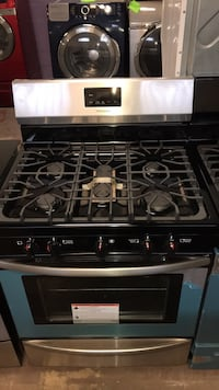Brand New stainless steel gas stove 5 burners 4 months warranty Baltimore, 21230