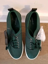 Forever 21 Men's casual shoes in size 10 Montréal, H4N