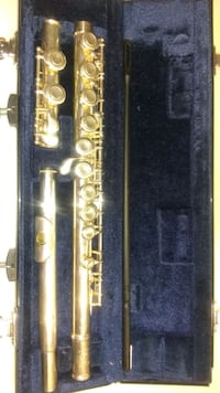 Yamaha 221 series flute made in Indonesia..mint condition Toronto, M5V 2V9