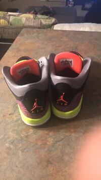 7y shoes good condition  High Point, 27265