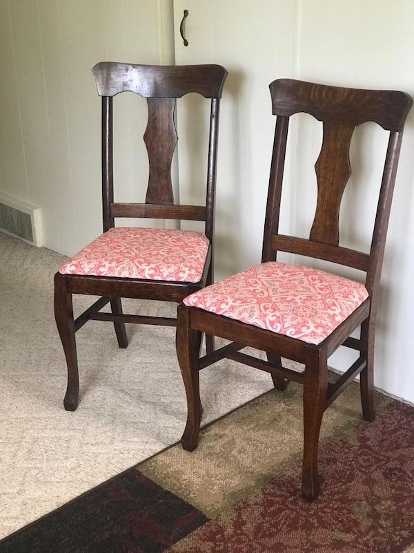 Stupendous Used Two Antique Dining Chairs For Sale In Battle Creek Letgo Alphanode Cool Chair Designs And Ideas Alphanodeonline
