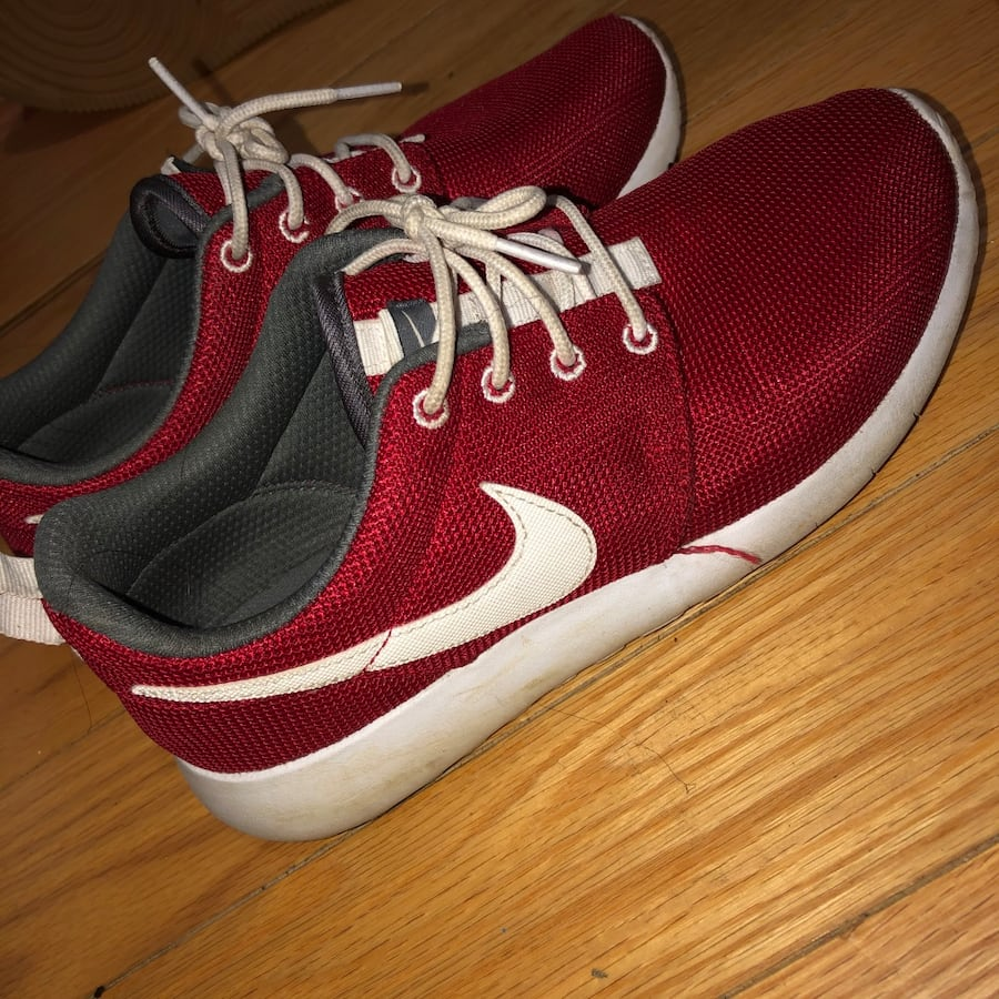 Nike rose gym red negotiable