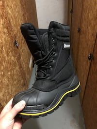 Brand new winter safety boots, Size 11 Hamilton, L9C 6P6