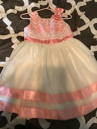 girl's white and pink dress Puyallup, 98374
