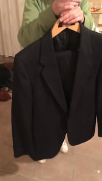 Michael's suit just dry cleaned St Catharines, L2P 2B9