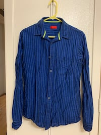 Assorted 3 branded men's shirts (use like new) Addison, 75001