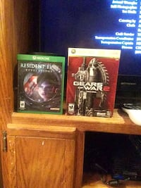 two Xbox One game cases Papillion, 68046