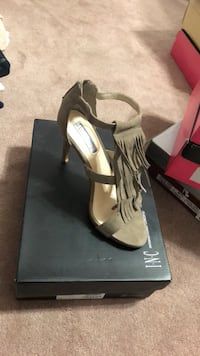 Tan heels Southwest Ranches, 33331