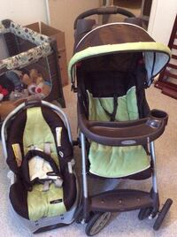 Brown and green graco stroller/car seat combo. Temple Hills, 20748