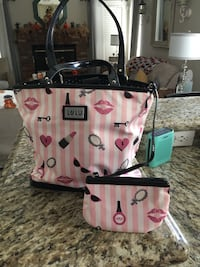 LuLu Handbag with Matching Cosmetics Bag - SW Area Bakersfield, 93311
