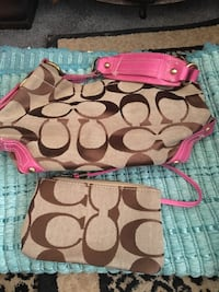 Pink hobo coach bag and small wristlet Cape Coral, 33914