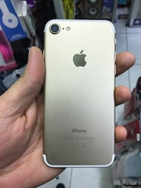 iPhone 7 gb 32 çok iyi  8441 km