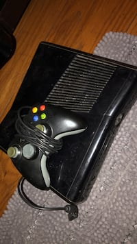 black Xbox 360 with controller San Mateo, 94401
