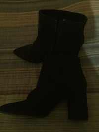 Black ankle suede booties size 9 Alexandria, 22312