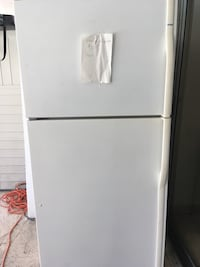 White top-mount refrigerator Delray Beach, 33445