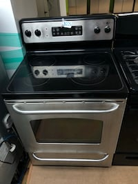 GE stainless steel electric stove  47 km