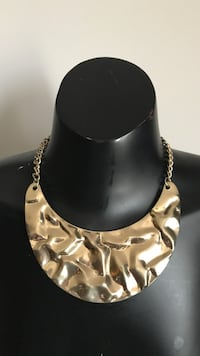 Gold necklace Belvidere, 61008